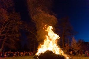 kerstboomverbranding Angerenstein